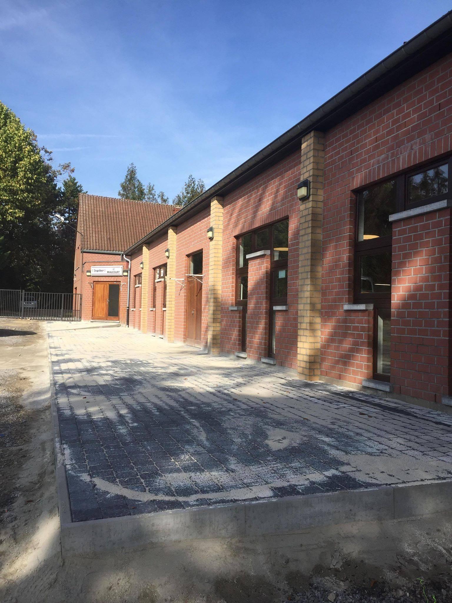 faeeb62264d62 Courcelles  la salle du Miaucourt poursuit ses aménagements ...